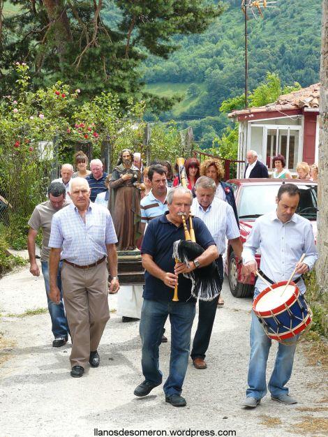 Procesión Santiago de Llanos de Somerón 2013